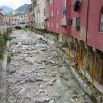 Carrara Haeuser Fluss