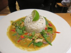 Das Chicken Raisukaree im Londoner Wagamama