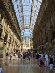 Blick in die Galleria Vittorio Emanuele II, einer Einkaufspassage in der Mailänder Innenstadt.
