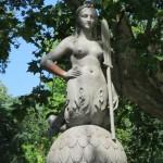 Brückenfigur aus Stein im Castello Sforzesco in Mailand