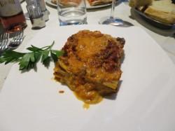 Im Ristorante Corsaro Verde in Montecatini Terme in Italien aßen wir diese leckere Lasagne. Sehr zu empfehlen und mit viel Parmesan noch leckerer!