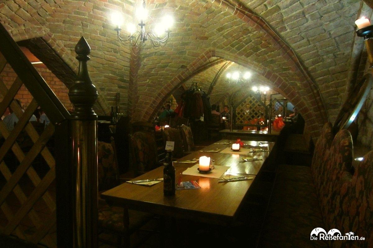 Blick in das Kellergewölbe des Hopfenkellers in Rostock