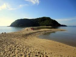 Der einsame Mae Haad Beach of Koh Phangan.jpg