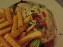 Von dem überbackenem Schnitzel im Fannys Schnitzelhaus in Bad Sachsa waren wir nur mäßig angetan