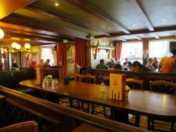 Der Gastraum in der Butterhanne in Goslar ist rustikal gehalten