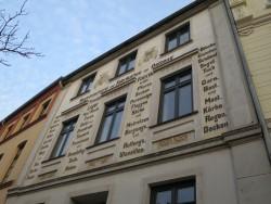 Die Häuser in Wismar sind teils reichlich verziert