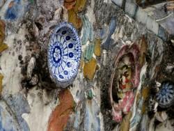 Viele Details entdeckt man am Wat Arun.jpg