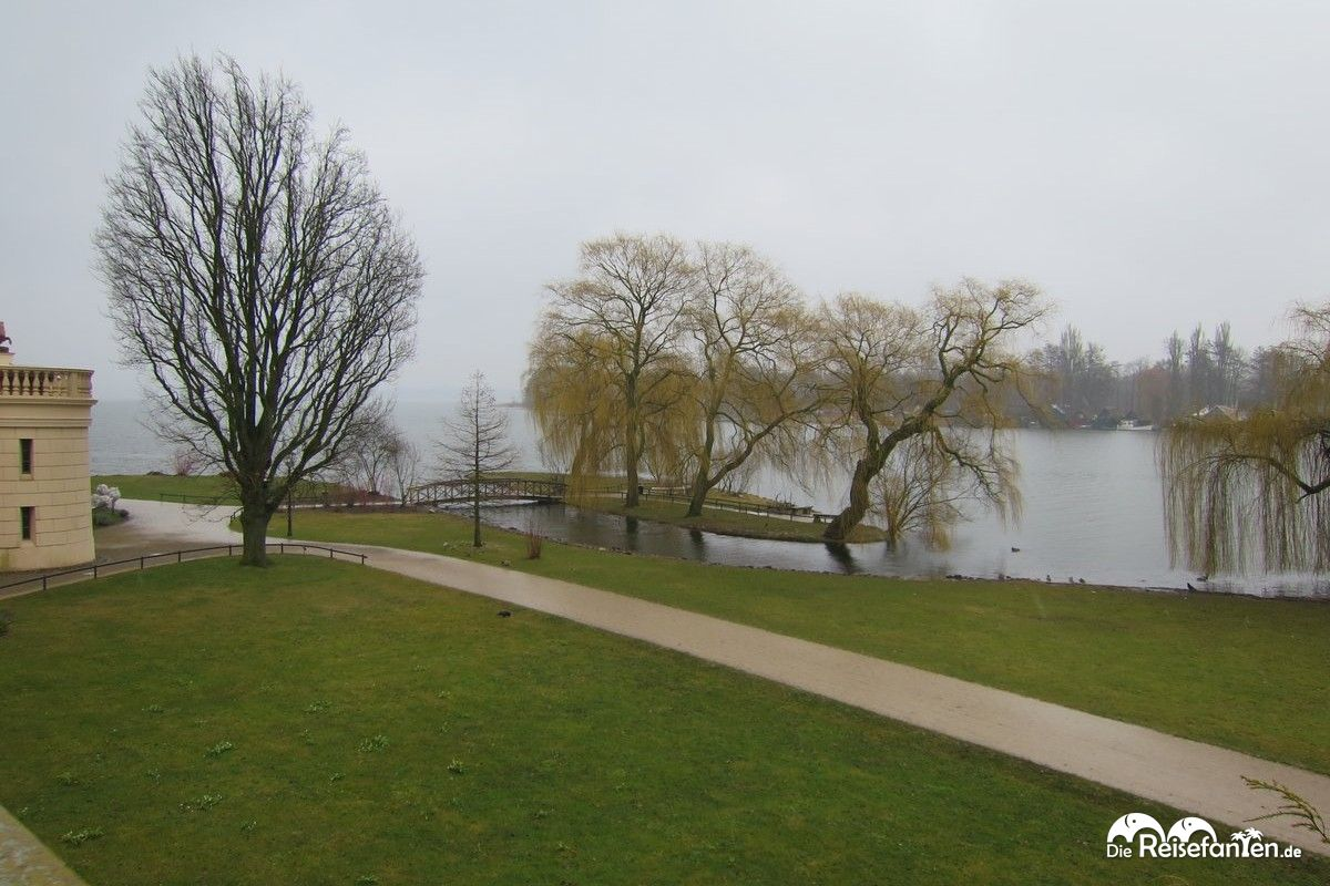 Zum Schweriner Schloss gehört auch ein schöner Schlossgarten