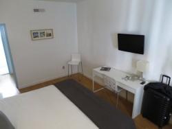 Die Doppelzimmer im Hotel Aqua in Miami Beach sind zweckmässig eingerichtet