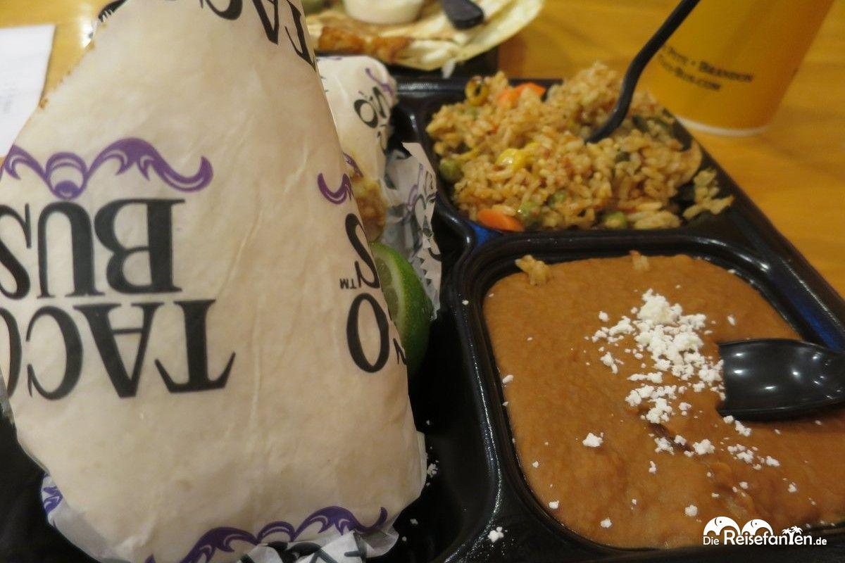Der Burrito im Taco Bus in Tampa kam mit Reis und ordentlich Gewürzen