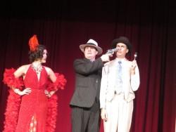 Vielseitiges Programm bei der Capone Dinner Show