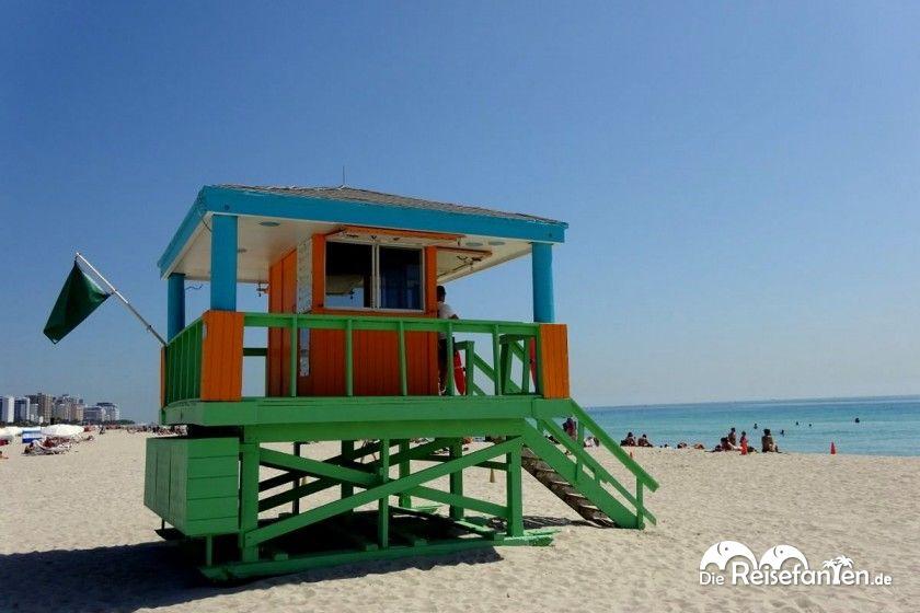 In Miami South Beach gibt es am Strand zahlreiche Rettungstürme