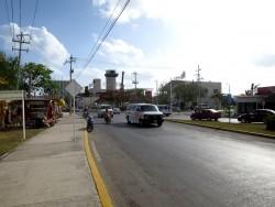 Überschaubarer Straßenverkehr auf der mexikanischen Insel Cozumel