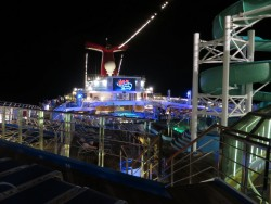 Open Air Kino auf der Carnival Glory