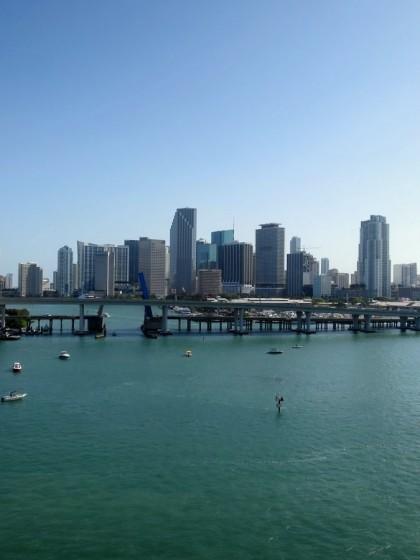 Ausschiffen der Carnival Glory in Miami
