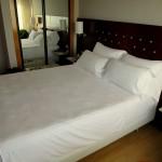 Schönes Schlafzimmer im NH Hotel Castellón Turcosa