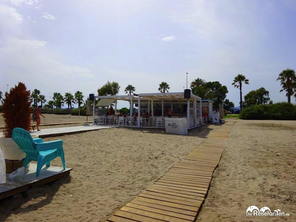Strandbar an der Playa Gurugu