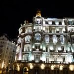 Entlang der Gran Via in Madrid