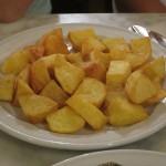 Patatas Bravas im Restaurant Las Cuevas in Valencia