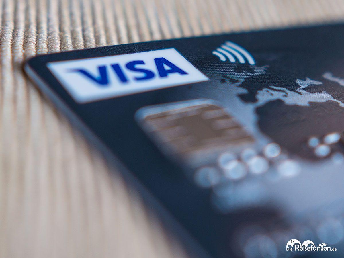 VISA und Drahtlos Logo auf der DKB Kreditkarte