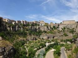 Atemberaubender Ausblick auf die Schlucht in Cuenca in Spanien