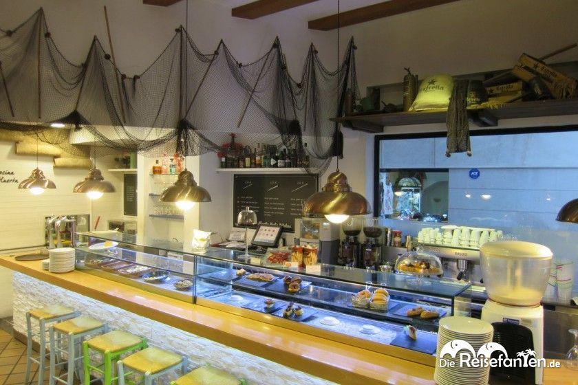 Pinchos sucht man sich in der Huerta Santa Catalina in Valencia an der Theke selbst aus