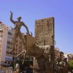 Auf dem Platz vor der Stierkampfarena Las Ventas in Madrid gibt es viele passende Statuen