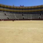 Blick vom inneren der Stierkampfarena Las Ventas in Madrid auf die Tribünen
