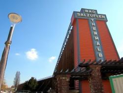 Das Thermalbad in Bad Salzuflen beinhaltet auch Gradierwerke