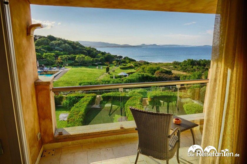 Blick vom L'Ea Bianca Luxury Resort auf den Golf von Arzachena