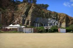 Bei den Rocce Rosse in Arbatax auf Sardinien gibt es auch einen Club