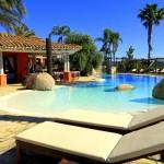 Toller Hotelpool im Hotel Galanias auf Sardinien