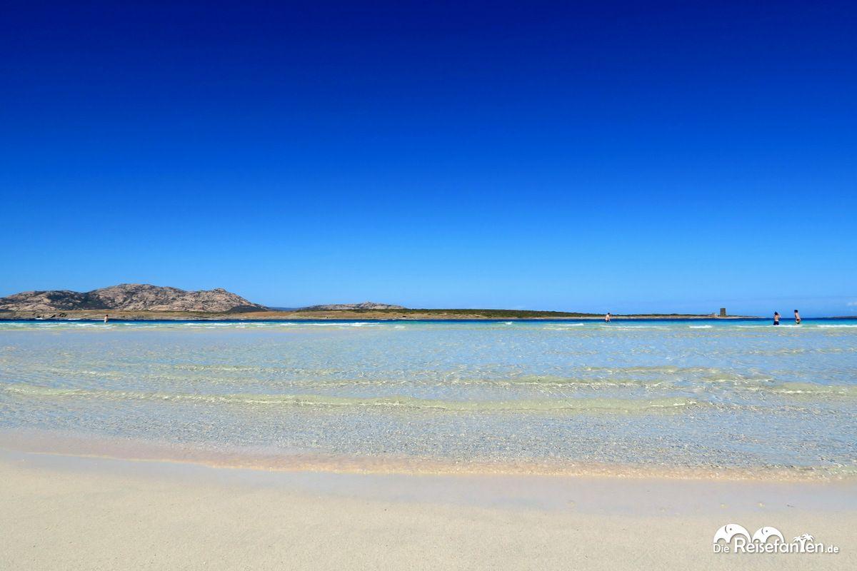 Kristallklares Wasser An Der Spiaggia Della Pelosa Auf