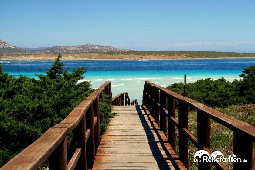 Zugang zur Spiaggia Della Pelosa auf Sardinien