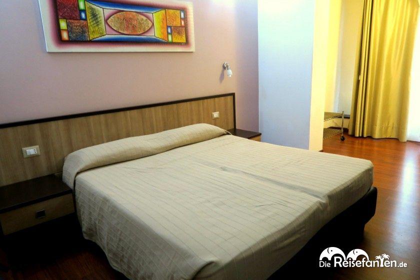 Doppelzimmer im Lewisrooms in Cagliari auf Sardinien