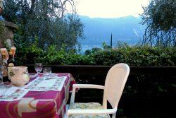Das Restaurant Tovo in Limone ist ein Restaurant mit Blick auf den Gardasee