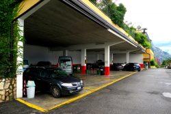 Großer Busparkplatz der Hotels San Pietro und Cristina
