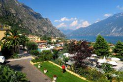 Die Hotels San Pietro und Cristina bieten einen tollen Blick auf den Gardasee