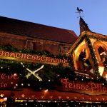 Die Marktkirche auf dem Weihnachtsmarkt in Hannover