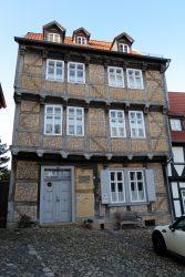 Altes liebevoll verziertes Haus in Quedlinbur