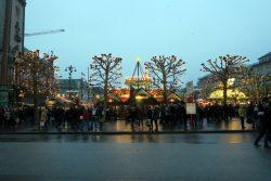 Der Weihnachtsmarkt auf dem Rathausmarkt in Hambur