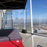 Der weiche Ausgangsbereich der Skyslide im OUE Skyspace in Los Angeles