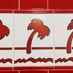 Kacheln mit Palmen schmücken die Filialien der In N Out Burger Kette