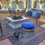 Die schöne Feuerstelle im El Morocco Inn Spa