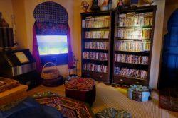 Das Fernsehzimmer im El Morocco Inn Spa