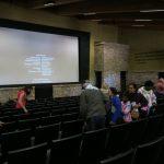 Im Besucherzentrum des Grand Canyon Nationalparks werden regelmäßig Filme gezeigt