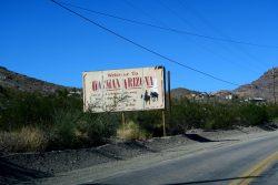 Eingangsschild von Oatman in Arizona