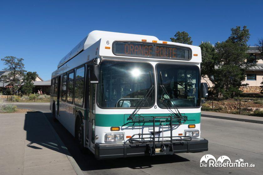 Mit solchen Bussen geht es durch den Grand Canyon Nationalpark