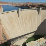 Blick auf den Glen Canyon Dam in Arizona