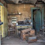 Blick in eine alte Küche in der Geisterstadt Bodie